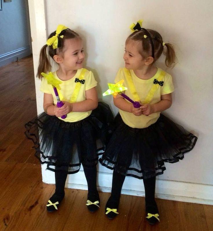 So many bows! #thewiggles #miniemmaarmy #emmawiggle #wigglesdressup #bows #bowtiful