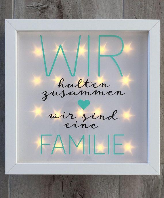 """Geschenk Familie, beleuchteter Bilderrahmen mit Spruch """"Familie"""", LED Rahmen, Wanddeko"""