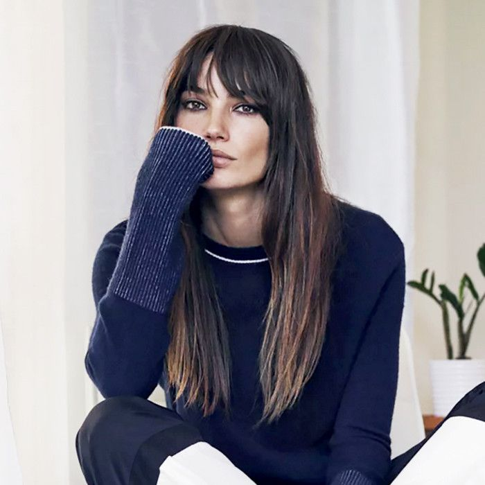 If you're not sure how to style your bangs, this guide will help you have lust-worthy fringe.