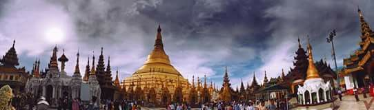 [1] pagoda is situated on Singuttara Hill, to the west of Kandawgyi Lake, and dominates the Yangon skyline. Historians and archaeologists maintain that the pagoda was built by the Mon people between the 6th and 10th centuries AD. [2] However, according to legend, the Shwedagon Pagoda was constructed more than 2,600 years ago, which would make it the oldest Buddhist stupa in the world. #Shwedagon pagoda #Myanmar #Yangon #pagoda #panorama #credit