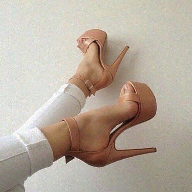Elegant nude color high heel platform sandals | www.ScarlettAvery.com