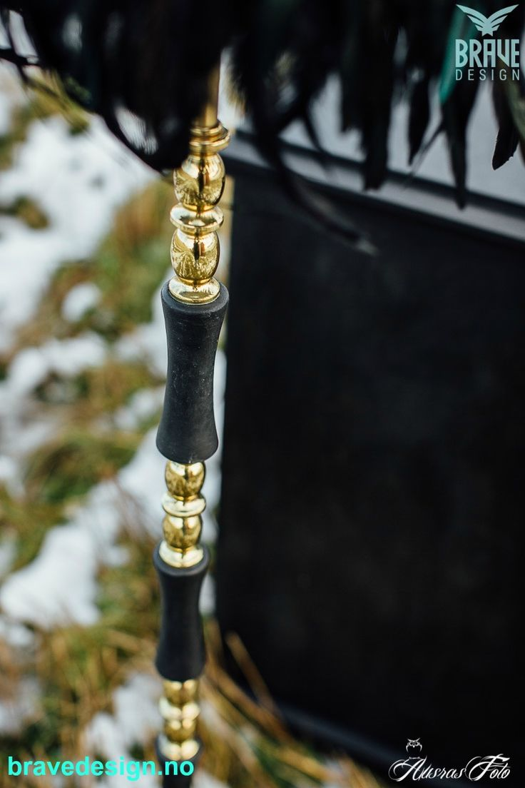 Vintro kalkmaling fester på alt! Her brukt på lampefot med marmorfelter! Farge, Victorian black! https://www.bravedesign.no/pages/om-vintro-kalkmaling