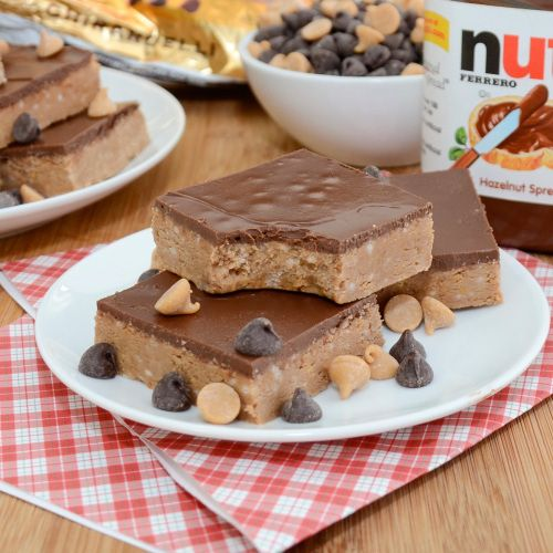 I need to make these!! Nutella peanut butter bars!