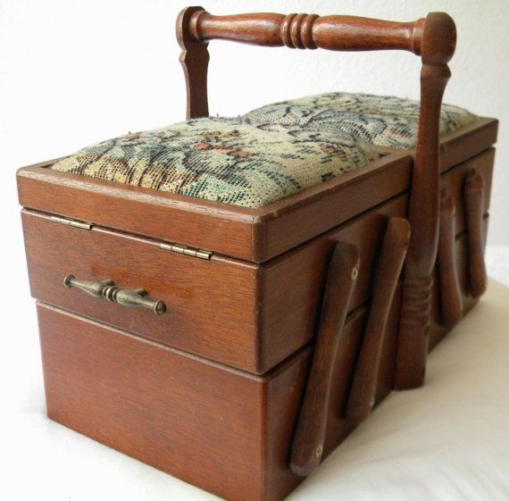 I used to have this very box, when my kids were little!   Sewing box French vintage