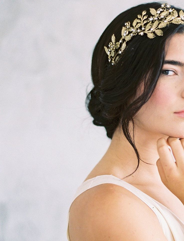 Stunning crown handmade with flowering branch motifs and crystals. Perfect statement bridal headpiece. Designed in New York by Maggie Wu Studio.