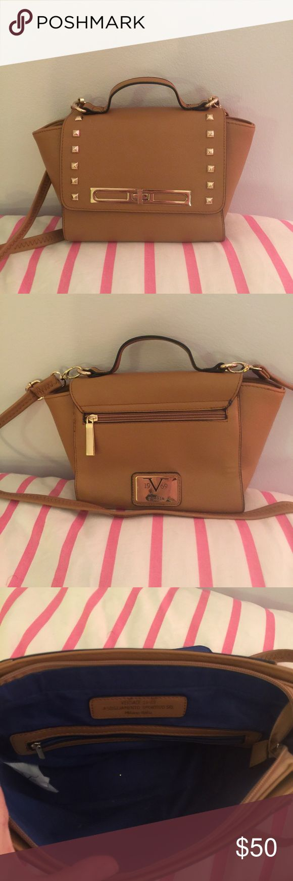 versace 19.69 abbigliamento sportivo tan crossbody versace 1969 abbigliamento sportivo tan crossbody handbag. Small, studded crossbody bag. Excellent condition. Only used a few times. Please let me know if you have any questions! versace 1969 abbigliamento sportivo Bags Crossbody Bags