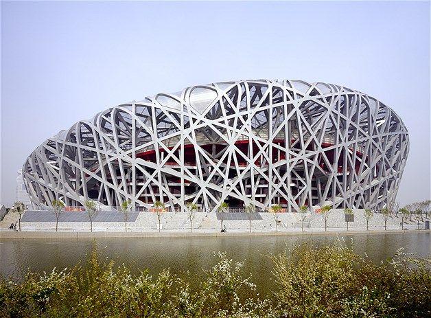 003 - El Estadio Nacional, construido para los Juegos Olímpicos de Beijing de 2008. Los arquitectos fueron Herzog & de Meuron.