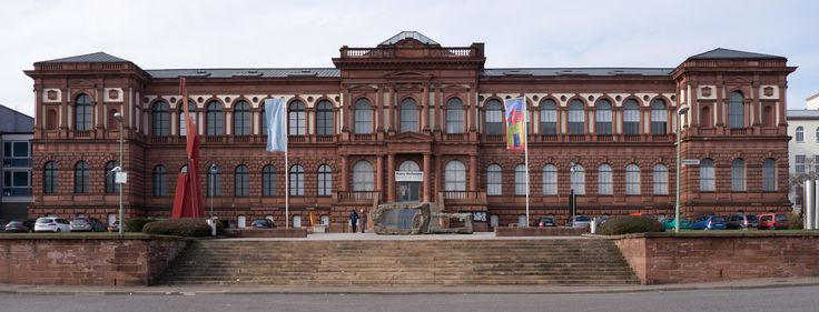 Woman Accidentally Locked Inside a Museum in Germany http://lnk.al/3Dkl
