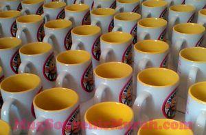 Galery mug souvenir dalam warna 3