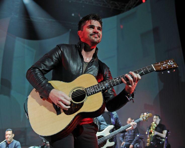Juanes | GRAMMY.com: Photos