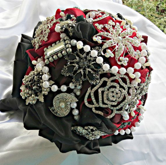 brooch wedding bouquet bridal rhinestone by thealteredchick  OMGosh I'm in love! I want to have this for keeps and have another bouquet to toss out! Lol