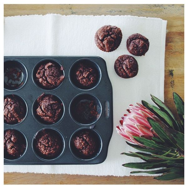 Paleo Cacao Mini Muffins | The Gratitude Project