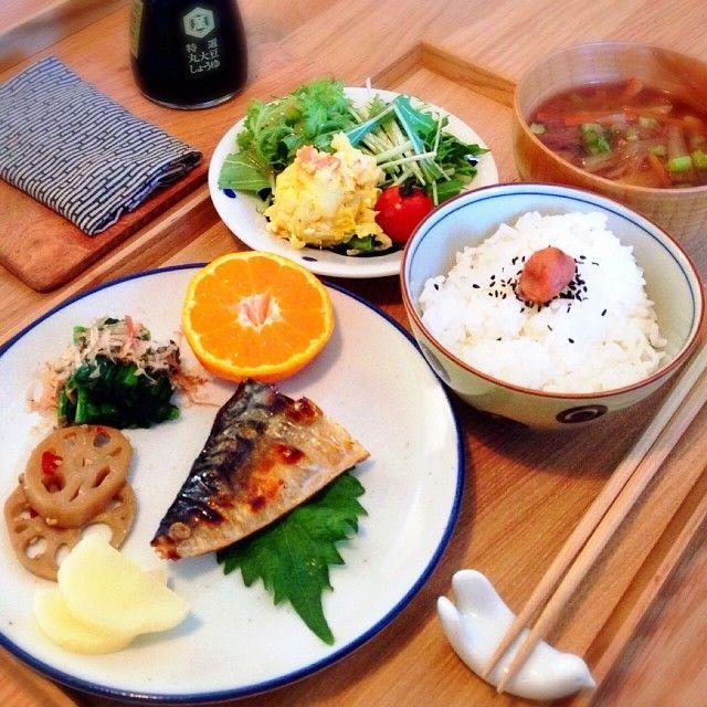 .@ひ こ | もうお昼ごはんも食べたけど、今日の朝ごはん。明日の朝から入院になったので午前... | Webstagram
