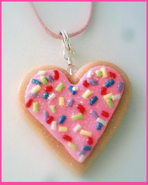 Big Pink Frosting Heart Sugar Cookie | DIY projects to try | Pinterest