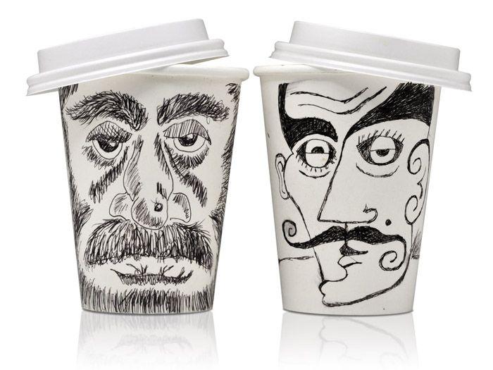 Рисунки на стаканах кофе
