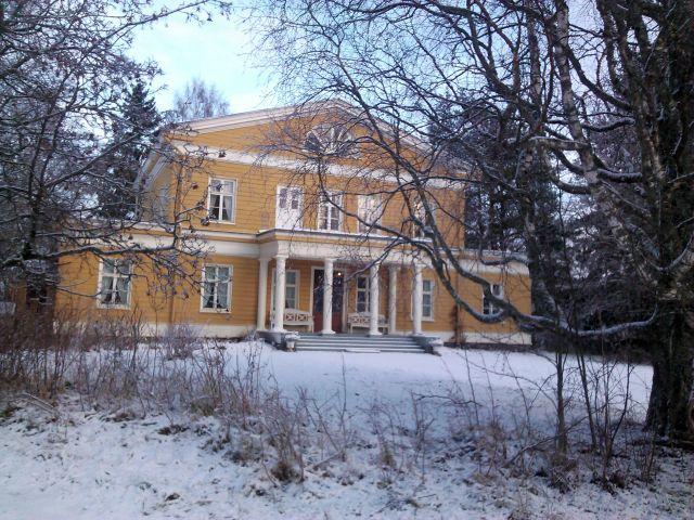 Haminlahden kartano, Haminalahti Manor in Kuopio. Home of famous Finnish painters, von Wright brothers, specialized in birds.