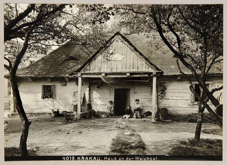 Lata 1905-1915 , Drewniany dom przy ul. Rybackiej 11.(ulica nie istnieje)Kraków,Dębniki