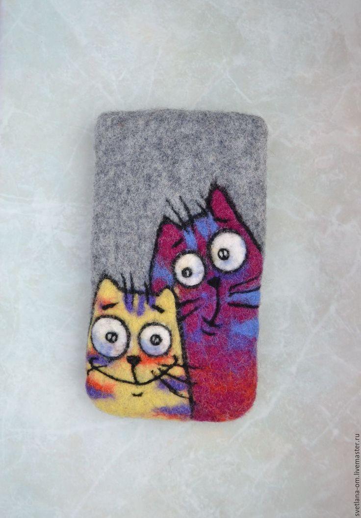 Купить Чехол для телефона валяный Коты - подарок девушке, подарок женщине, подарок ручной работы