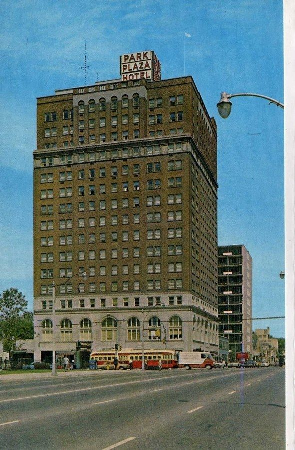 Park Plaza Hotel, Bloor & Avenue road
