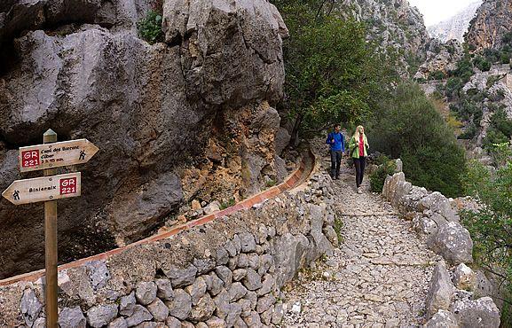 Dry stone route   Serra de Tramuntana World Heritage Site