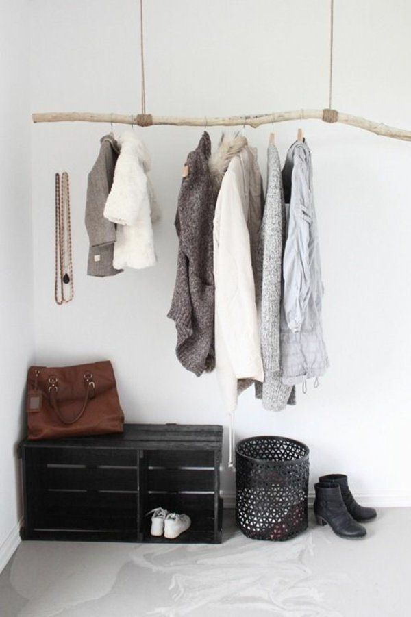 Isn´t this a great rack for clothes? This DIY idea is easy, beautiful and very sustainable. #diygift