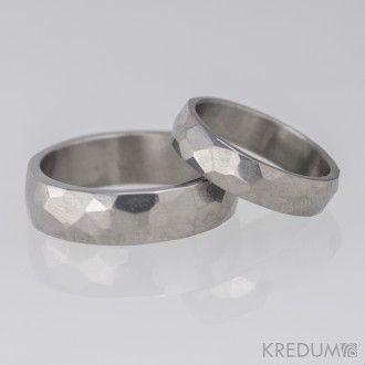 Titanový snubní prsten - Skalák
