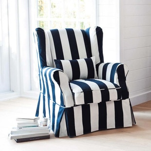 blue & white stripes: Dreams Chairs, Bold Stripes, Poltrona Cottages, Heart Stripes, Favorite Chairs, Chairs Chaise Ottomans S Sofas, Stripes Chairs, White Stripes, Nautical