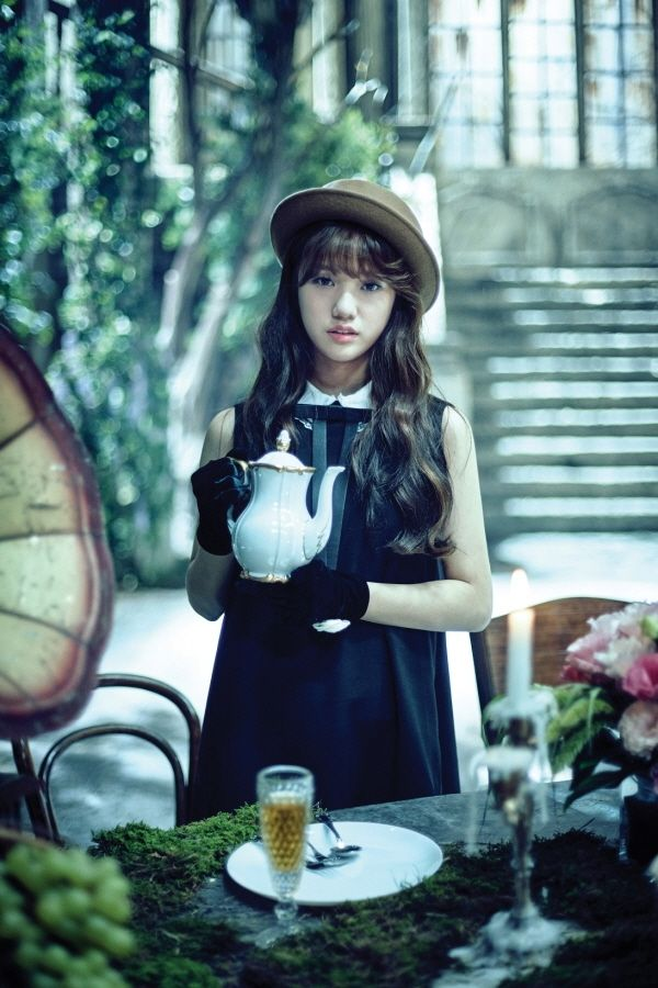 Mimi 2nd Mini Album 'Closer' Concept Photo #Mimi #미미 #KimMihyun #김미현 #OMG #OhMyGirl #오마이걸 #Closer #CloserEra #OhMyGirlCloser