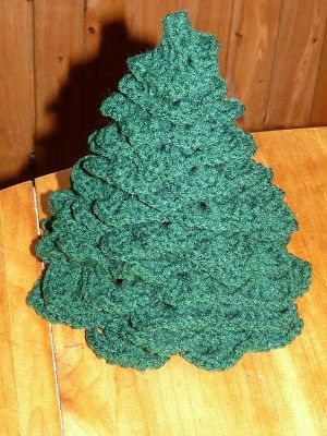 Christmas Tree free crochet pattern - Free Crochet Christmas Tree Patterns - The Lavender Chair