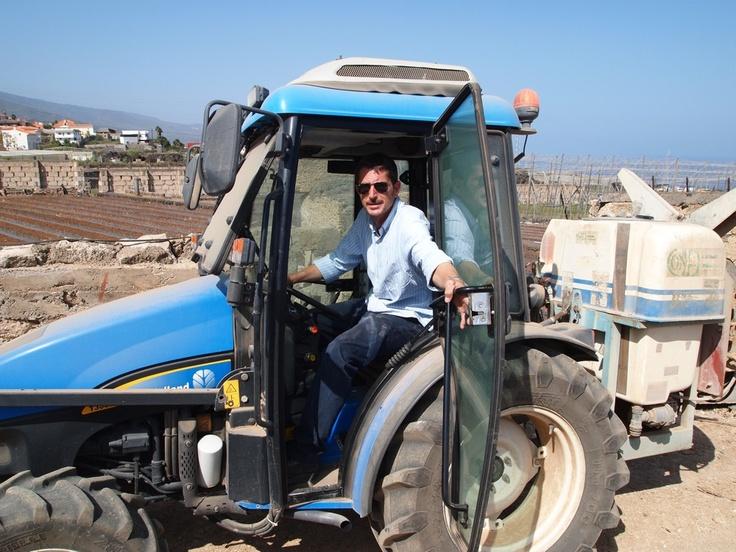 Rodrigo Mesa en su tractor