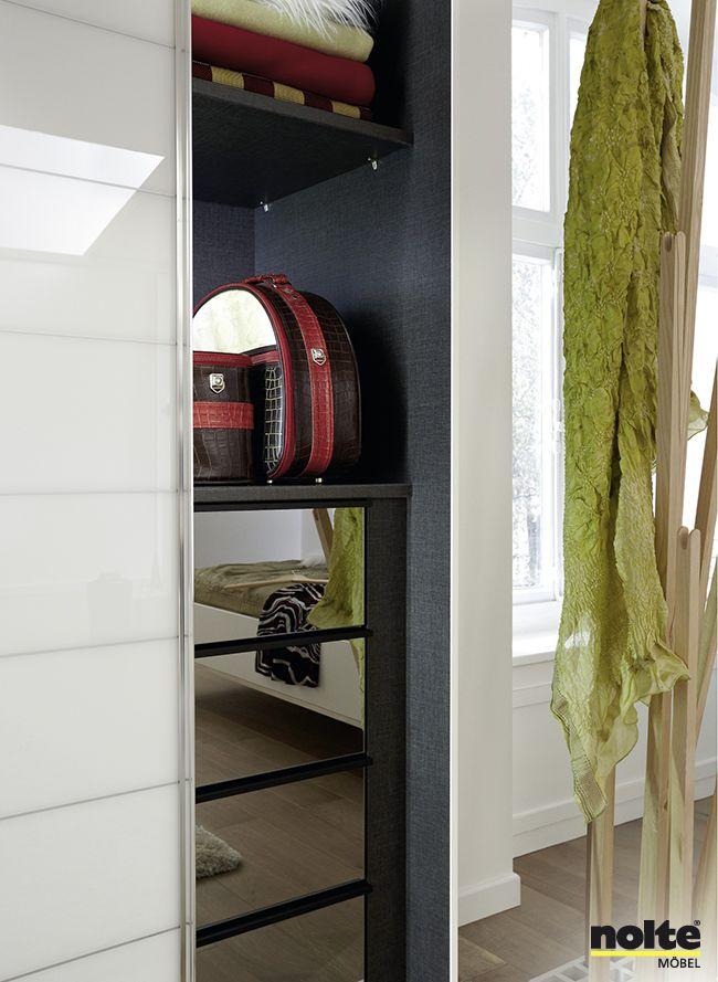 35 best le dressing par meubles mercier images on pinterest armoires city and closets. Black Bedroom Furniture Sets. Home Design Ideas