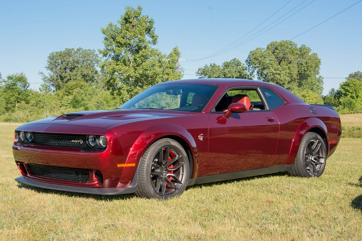 With only 3,300 destined to be built, the chances of you getting your hands on a 2018 Dodge Challenger SRT Demon are slim, even if you can afford the car's $86,090 price tag. The good news is that you'll be able to get the Demon's sexy wide-body look on a new Challenger SRT...