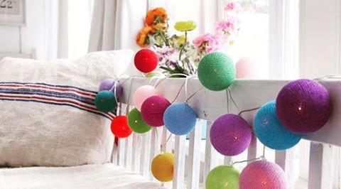"""""""Fio de luz no quarto ilumina e traz muita #alegria ! Veja nossas dicas no blog!  Bit.ly/ideiasdeco ou link no perfil"""""""