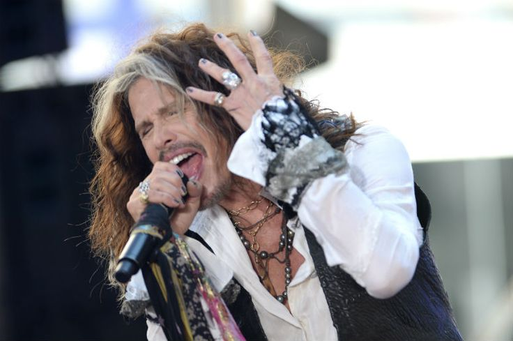 Watch Steven Tyler's First Aerosmith Performance Since His Health Scare