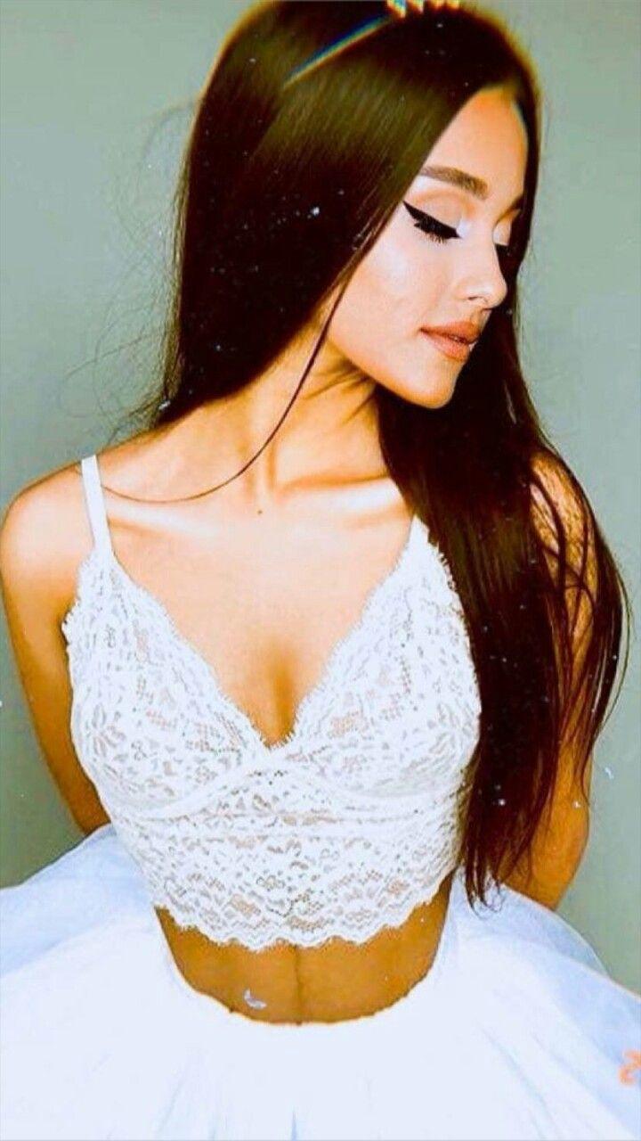 Ariana Diabla  nackt