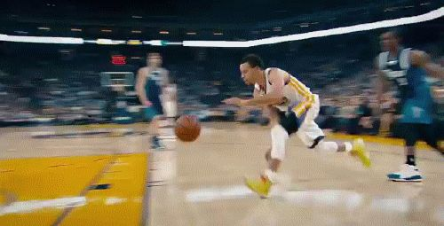 A little Curry action! A great assist was on of my favorite parts of basketball.