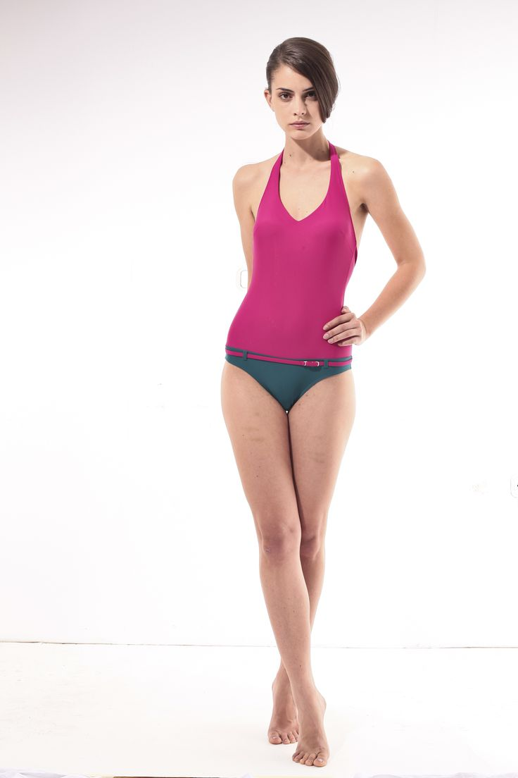 Magenta-turquise one-piece bathing suit @pelsoswimwear