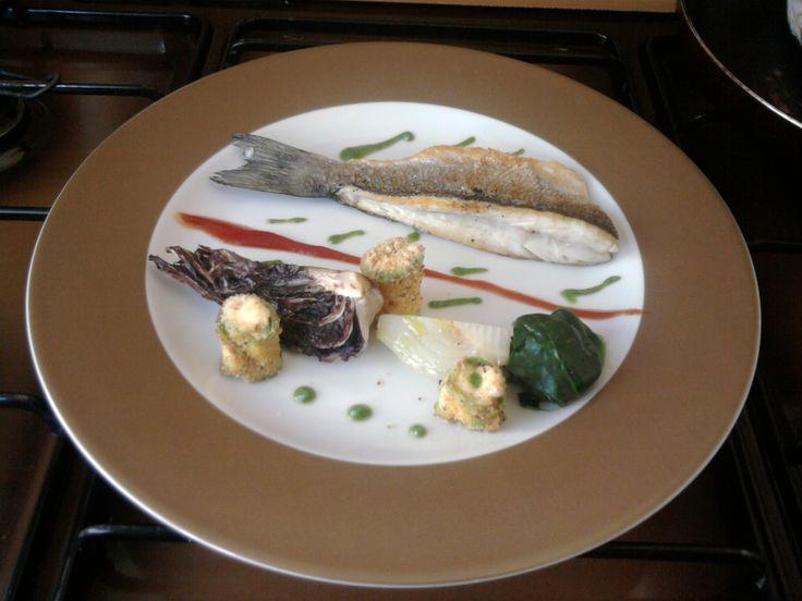 JHS * * * /  Bar grillé aux petits légumes et sauce au fenouil Gino D'Aquino
