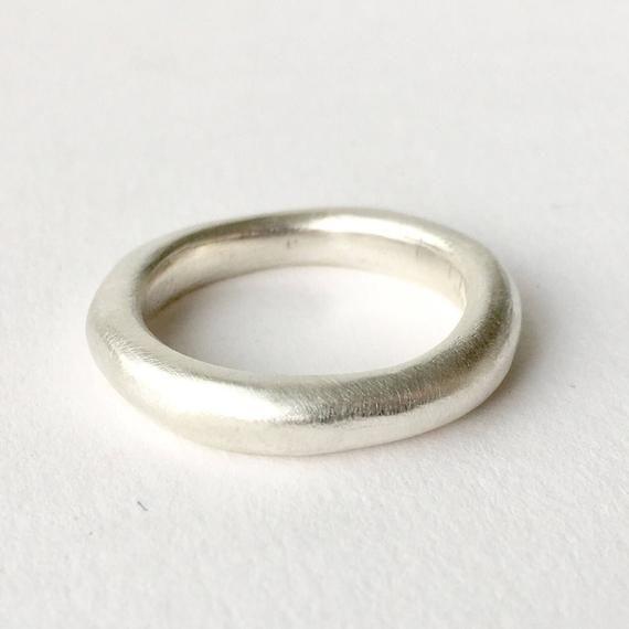 Chunky Silver Wedding Band Heavy Silver Wedding Ring Etsy In 2020 Silver Wedding Bands Chunky Silver Rings Silver Wedding Rings