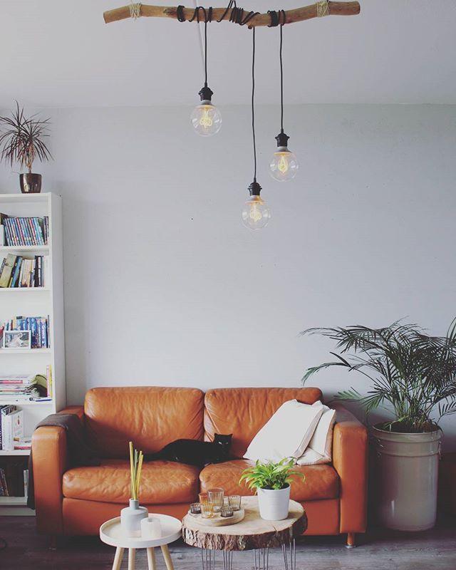Stapje voor stapje. .. De lamp is ook klaar! Alle veranderingen en nog zo veel plannen... DIY  #handmade #interior #homesweethome #home #homedecor #interior #interiordesign #inspiratie #ikea #woonkamer #lamp #verlichting  #eijerkamp #kwantum