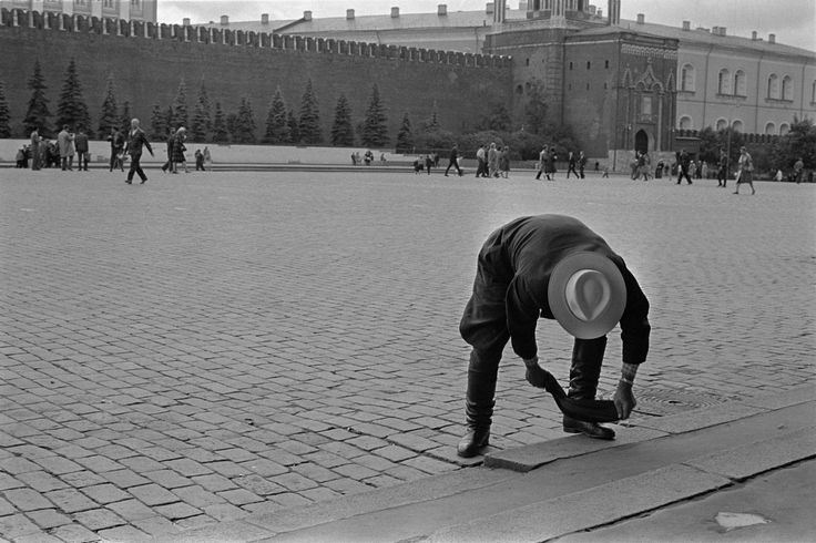 Constantine Manos - Moscow. Red sq. 1965.