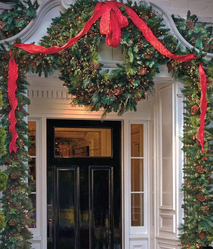 Elegant And Neutral Christmas Foyer: Best 25+ Christmas Entryway Ideas On Pinterest