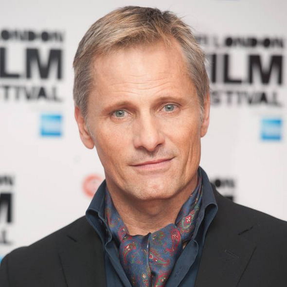 viggo mortensen 2016 - Someone hold me back..