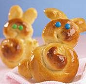 Honey Bunny Rolls! Perfect for Easter. Who doesn't love a honey glaze? #bread #Easter