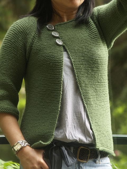 Garter stitch swingy sweater by lolipopette7, via Flickr (on Ravelry as Lolliblog's Garter Stitch Swingy Sweater)