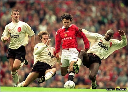 Ryan Giggs shows his class against the Liverpool defence
