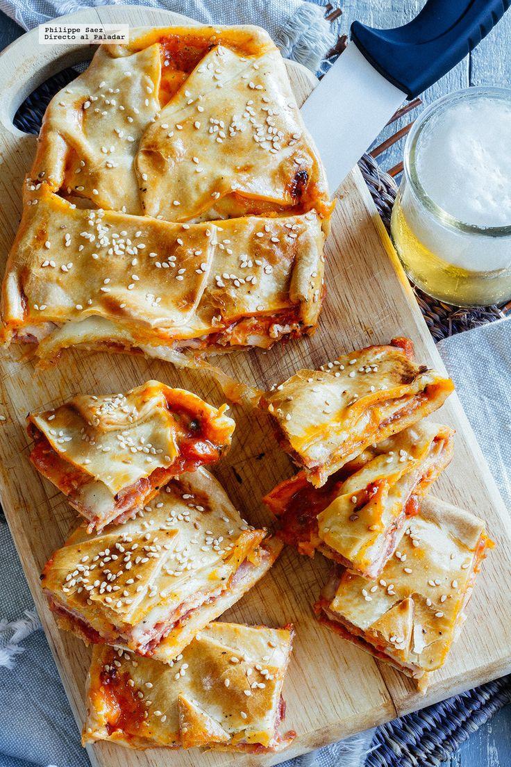 Bocadillos de pizza con panceta y mozzarella