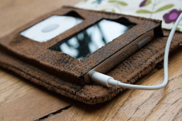 by night: Housse pour iPod - tutorial - iPod case