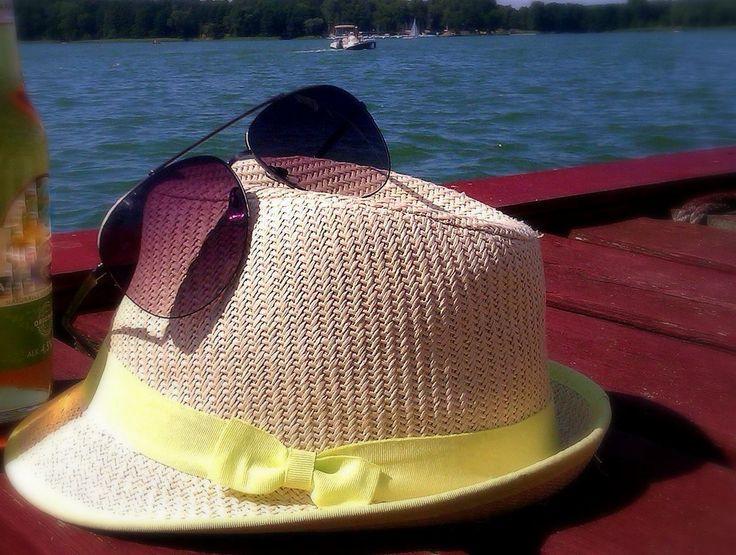 kapelusz i okulary :D