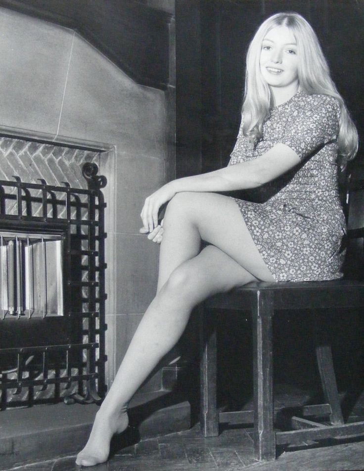 """Mary Hopkin is a Welsh folk singer best known for her 1968 UK number one (US no. 2) single """"Those Were The Days"""". She was one of the first musicians to sign to The Beatles' Apple label."""